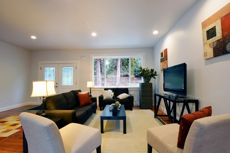 Furniture-Staging-Lake-Forest-Park-WA