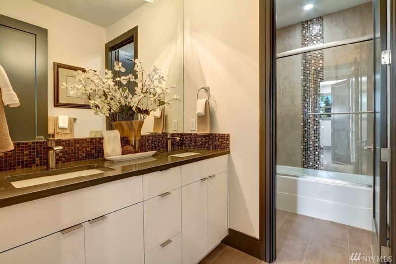 House-Staging-Lake-Forest-Park-WA